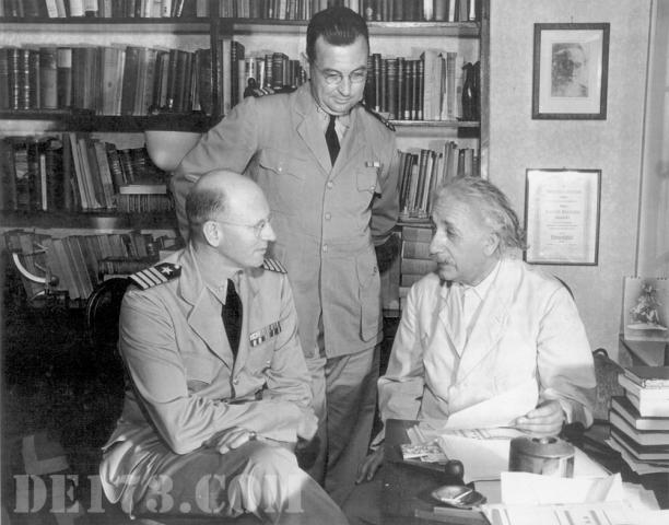 Einstein Meeting With The Navy, 1943