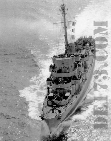 USS Eldridge 1944 Apr 25th (National Archives)